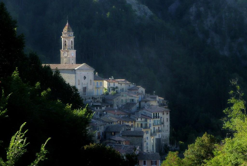 village de Luceram (2)