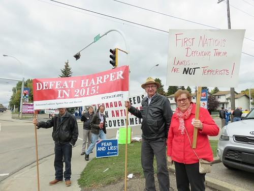 Stop Harper Weekly Picket: Sept. 16, 2015