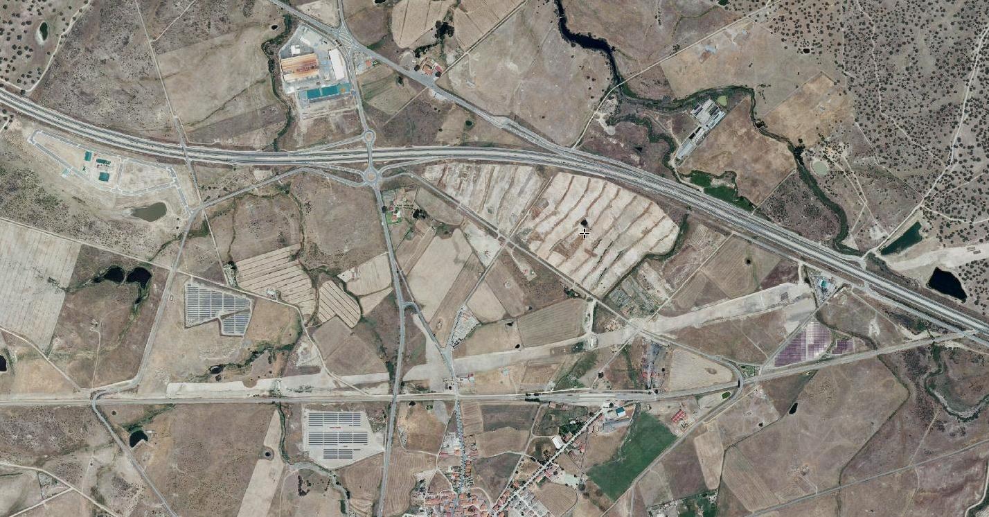 casatejada, cáceres, the roof is on what, después, urbanismo, planeamiento, urbano, desastre, urbanístico, construcción, rotondas, carretera
