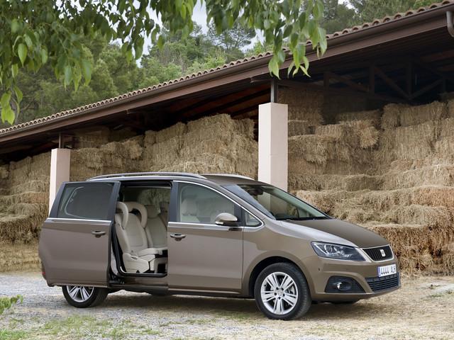 Минивэн SEAT Alhambra 2010 модельного года