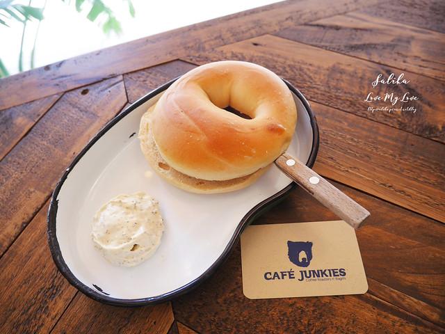 台北小巨蛋站附近咖啡館餐廳小破爛咖啡CAFE JUNKIES (18)