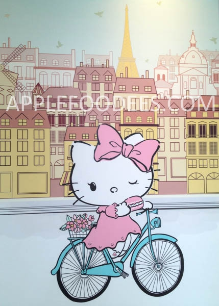 hello-kitty-cafe-decor-4