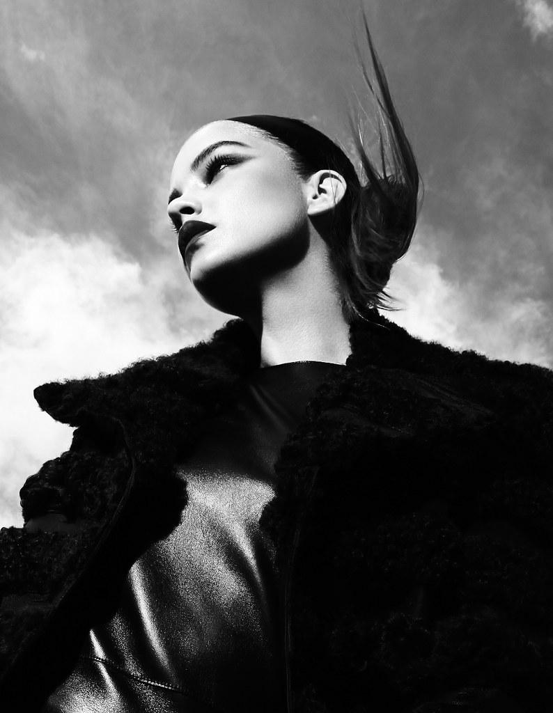Барбара Палвин — Фотосессия для «L'Officiel» SG 2015 – 6