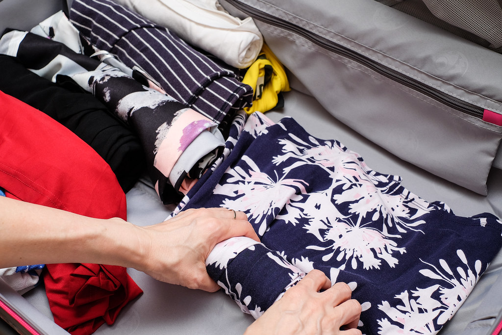 Get Set Go: Roll up your cloths to minimise space.