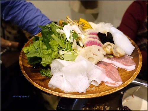Photo:2015-12-01_T@ka.の食べ飲み歩きメモ(ブログ版)_烏骨鶏と豆乳スープの薬膳鍋を堪能!【自由が丘】ZEN ROOM_04 By:logtaka