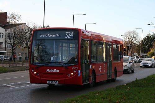 Metroline DE875 on Route 324, Queensbury