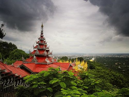 city travel sunset holiday history rain weather clouds stairs sunrise river dark season temple pagoda high topf50 king top burma centre hill prayer landmark climbing rainy monks summit vista myanmar plains visitor viewpoint topf100 buddism birma mandalay pilgrim watchtower 1700 heuvel stairways monasteries irrawady overlooks 100faves 50faves 240m mingdon