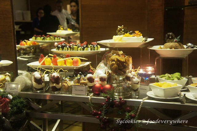 1.Pacific Regency Hotel Suites 2015 Christmas Buffet