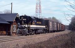 1981 04-04 1205 SOU GP38-2-5072 S/B Fairfax, VA