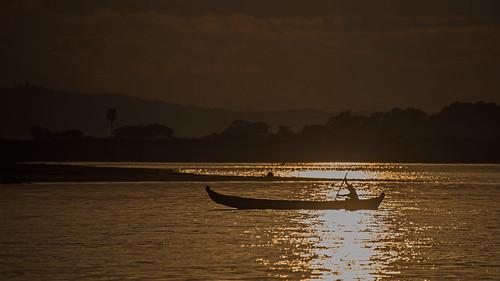 river sunset myanmar fishing fishingboat ayeyarwadyriver fishermen travel burma burmese