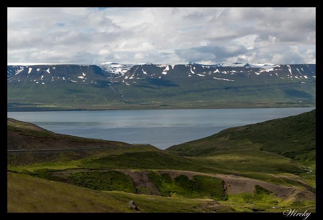 Primera visión del fiordo Eyjafjördur