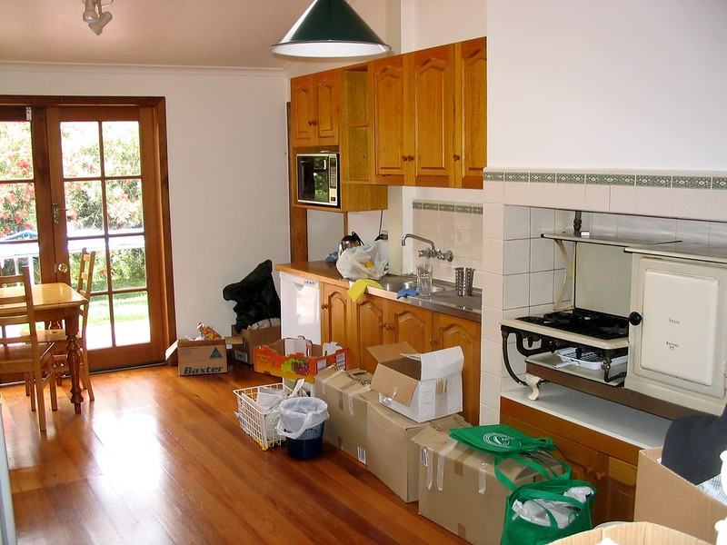 Moving day: kitchen kaos