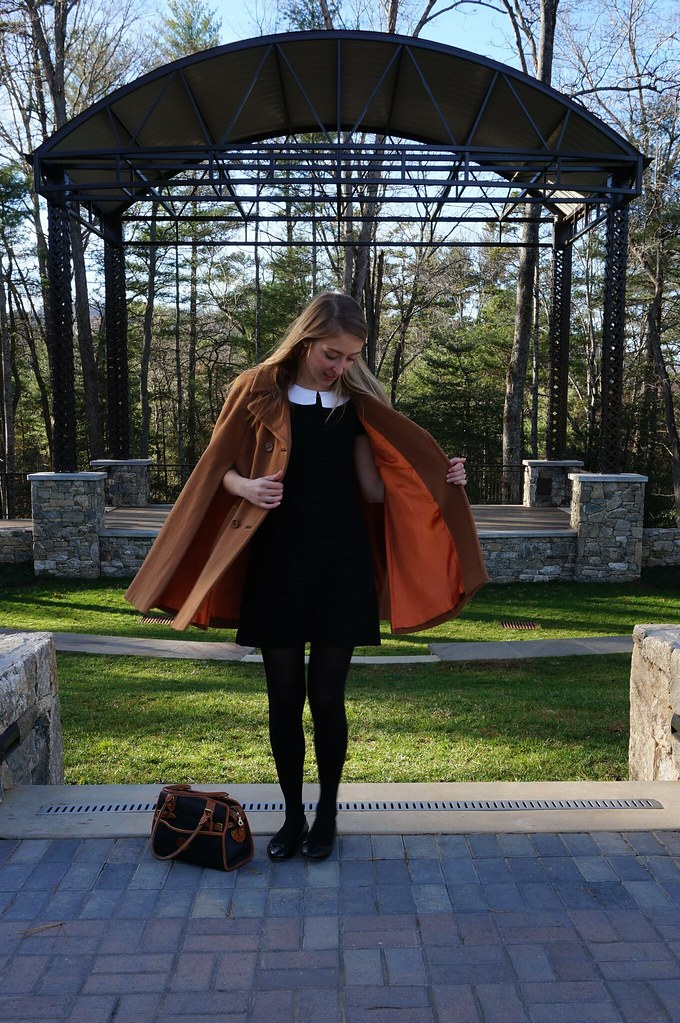 what i wore: vintage cape and simplicity 7737 | allie J. | alliemjackson.com
