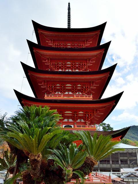 五重塔 Five-storied pagoda