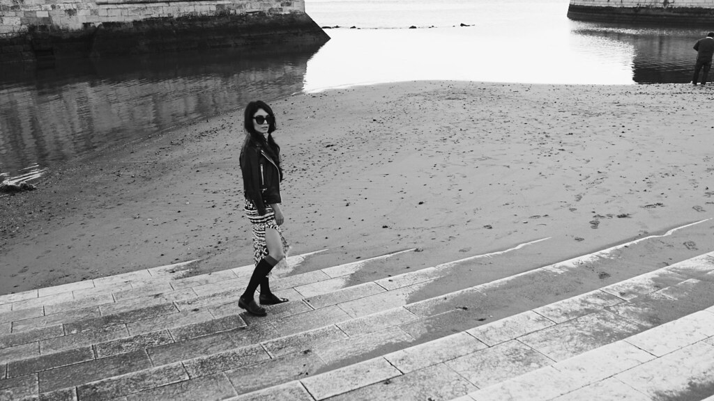 Ванесса Хадженс — Фотосессия для «Find Your California» 2015 – 125