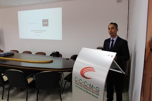 Paulo Machado, professor e consultor tributário da JCMB Advogados e Consultores. (Foto: Luiz Valeriano/Ascom CCCMG)