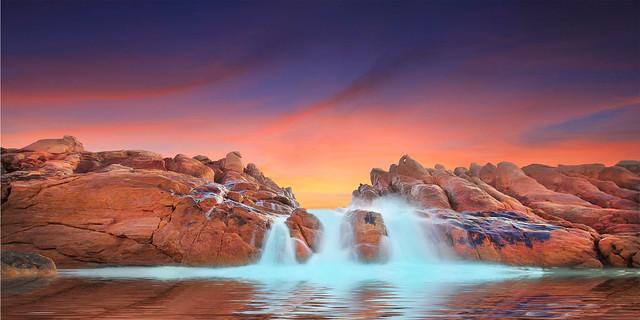 Spa Pool, Wyadup rocks, Yallingup. Western Australia