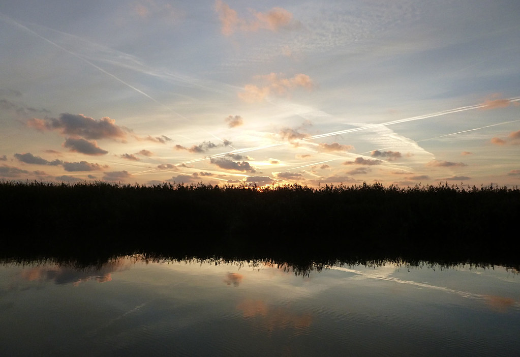 River Waveney Sunrise 02