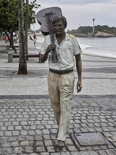 Obraz Estátua de Antônio Carlos Jobim. escultura sculpture tomjobim ipanema arpoador estatua statue panasonic lumix gh3 edgardoolivera microfourthirds microcuatrotercios sudamérica southamerica brasil brazil ríodejaneiro arte art streetart