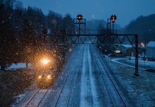 ns norfolk southern locomotive emd ge train trains railroad railway signal dark sunset loco pennsylvania pittsburgh line pitt mainline prr cassandra summerhill