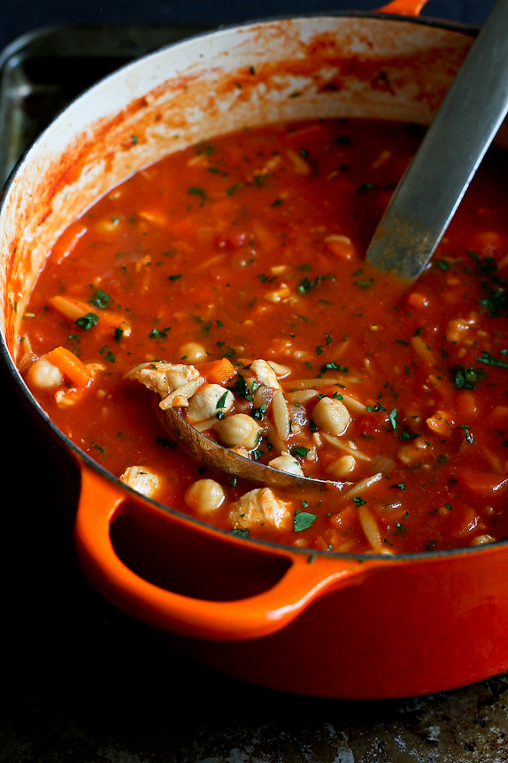 Easy Chicken, Tomato & Orzo Soup...Healthy comfort food! 241 calories and 6 Weight Watchers PP | cookincanuck.com #recipe #dinner