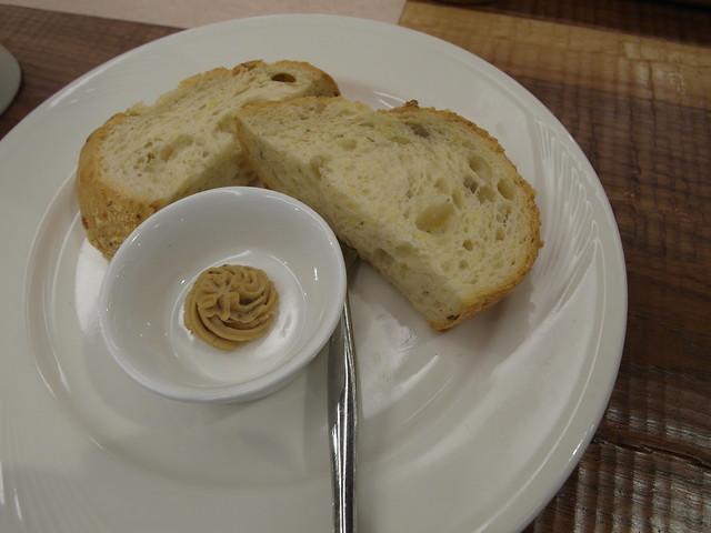 堅果麵包@棉花田有機餐廳
