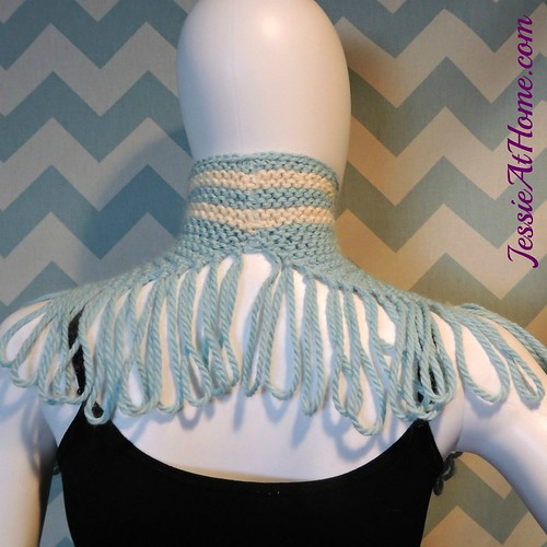 Missy-Cowl-free-knit-pattern-by-Jessie-At-Home-2