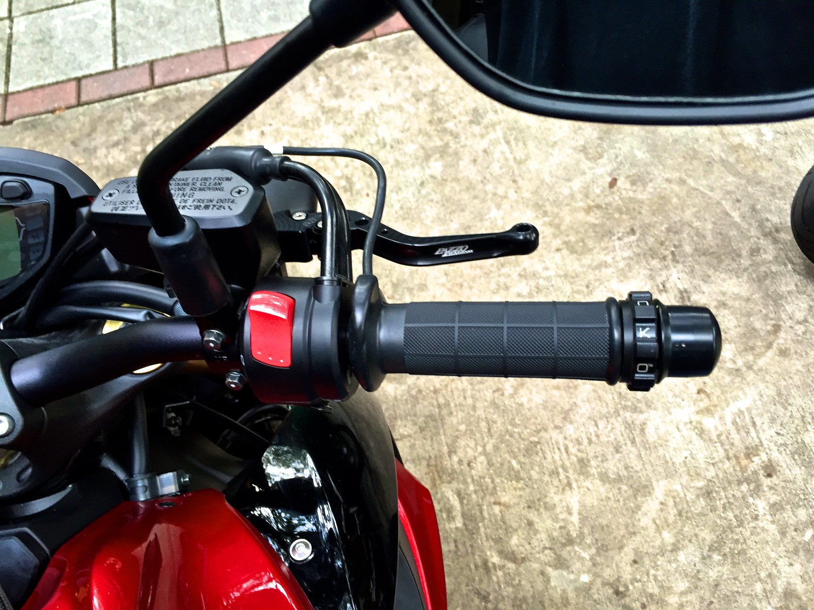 Heated Grip Install Suzuki Gsxs1000 Forum 2015 Harley Grips Wiring Diagram Img 7257 By Matthew Fields On Flickr