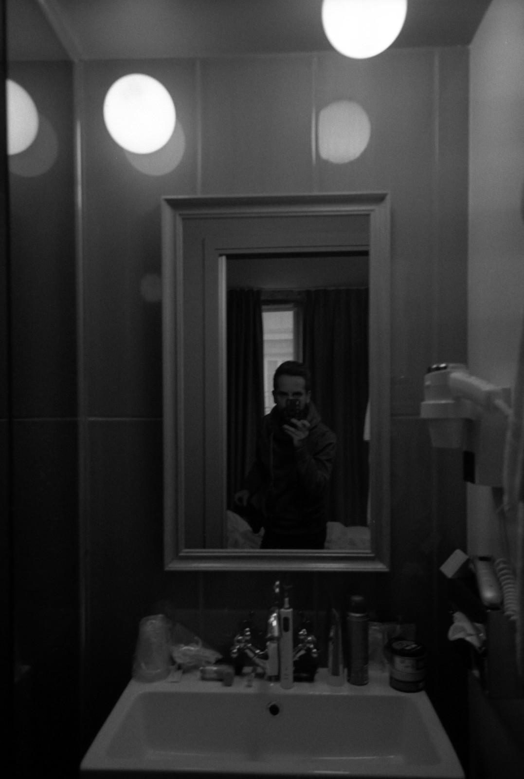 Hotel Selfie