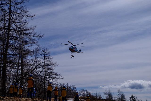 山岳救助訓練@奥多摩小屋近くのヘリポート付近