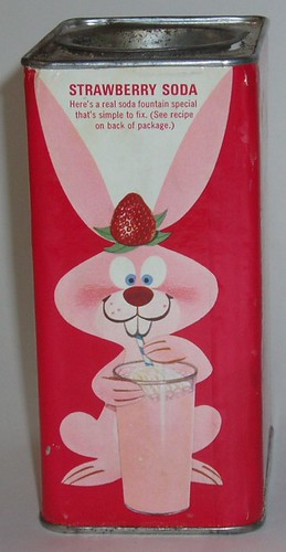 Strawberry Quik tin