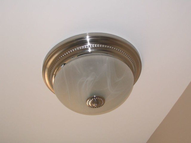 Bathroom Fan / Light Combo