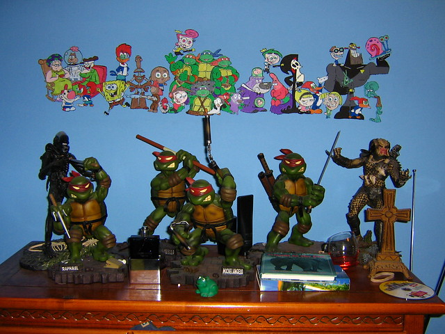 1st cartoon character mural and tmnt statue set flickr for Character mural
