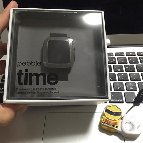 Pebble Time、開封の儀。買ってから1ヶ月以上熟成させちゃったけど。