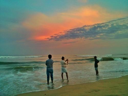 sea sky india madras tourist marinabeach chennai seashore tamil tamilnadu nexus eastcoast southindia skyview bayofbengal mobilephotography merinabeach tamilnadutourism nexusphotography