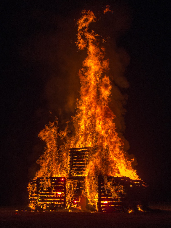 2015 Rose-Hulman bonfire