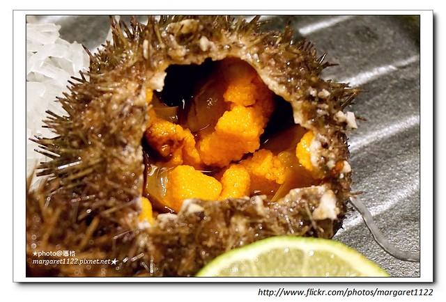 【台北】小六食堂。北海道海膽、黑鮪滷肉飯