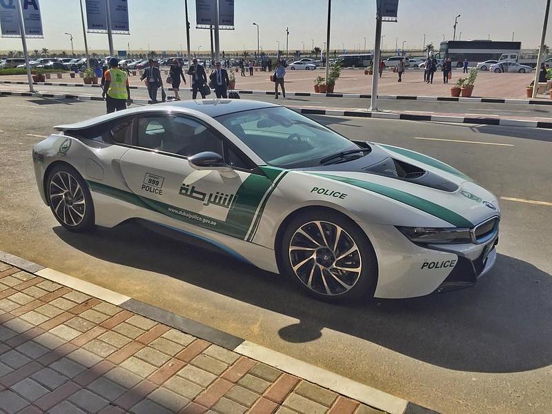 Dubai Police Bmw I8 Dubai Picture Dubai Informer
