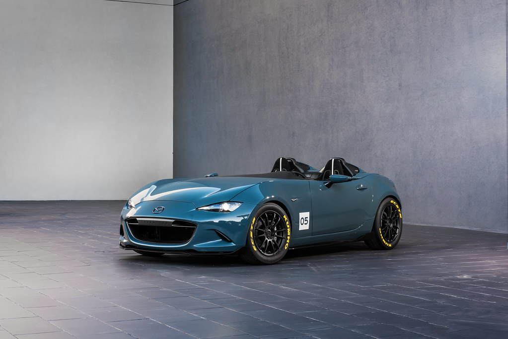 This is the MX-5 Spyder and MX-5 Speedster