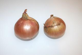 02 - Zutat Gemüsezwiebeln / Ingredient onion