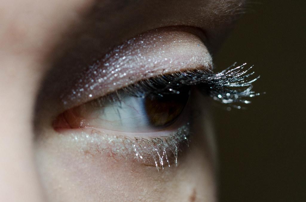 Новогодняя коллекция Л'Этуаль Perfection: кремовые тени и серебристая тушь