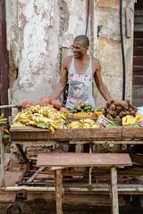 Cuba - Le vendeur de fruits et l�gumes