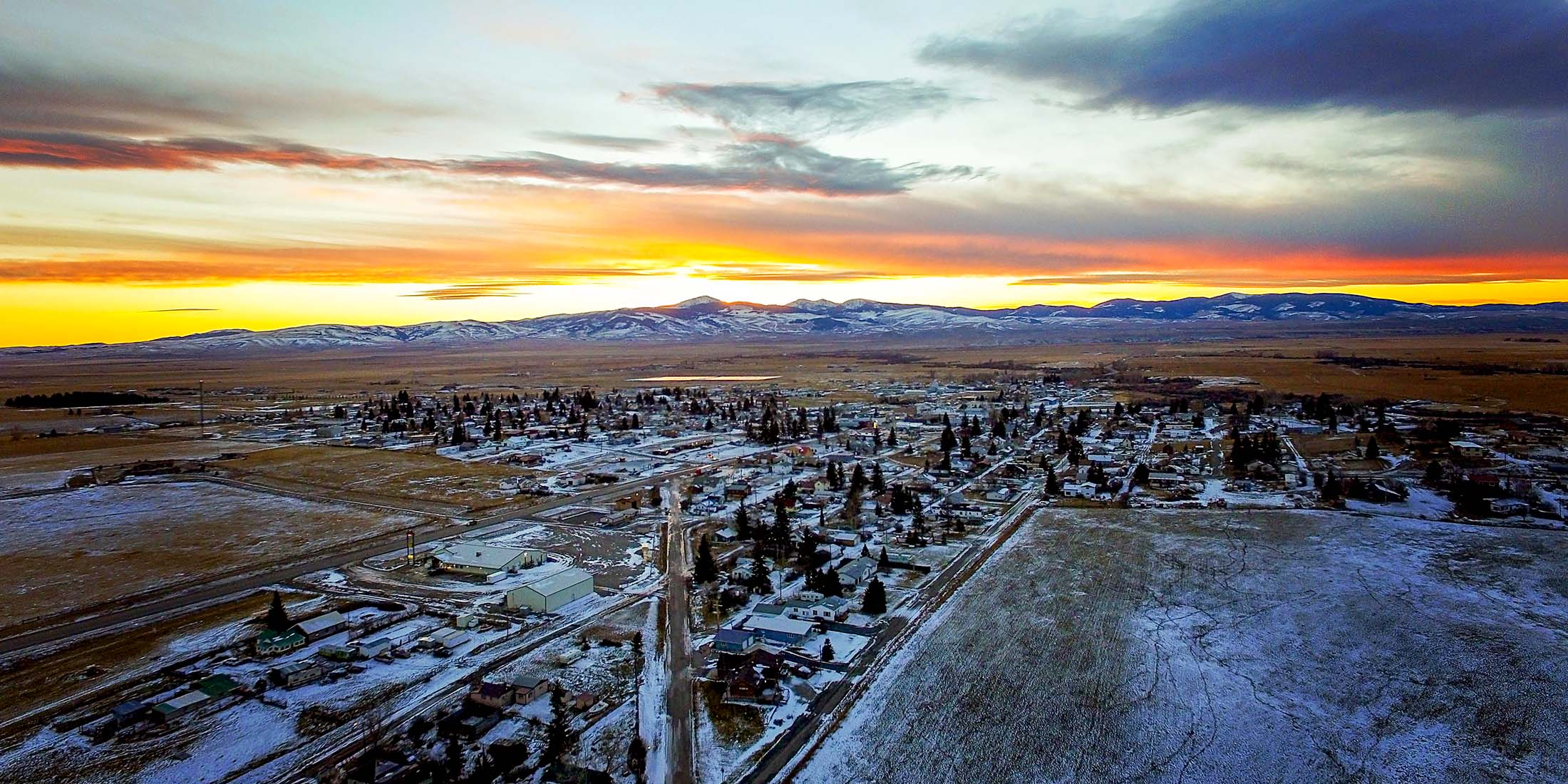 Find all lodging and Airbnb's in the community of White Sulphur Springs, Montana located in Meagher County on Highway 89.