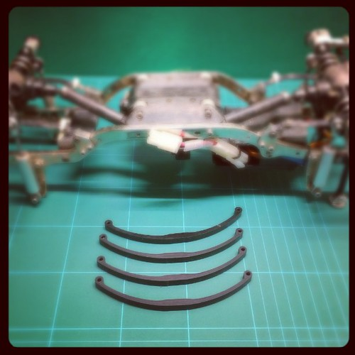 Mounting leaf springs made of delrin on my #gmade #sawback from rc-crawler.it