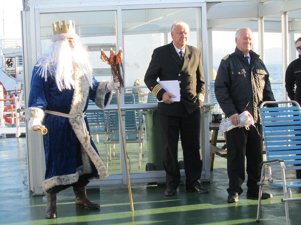 El rey Neptuno en el Hurtigruten Ms Vesteralen cuando cruzamos el círculo polar ártico