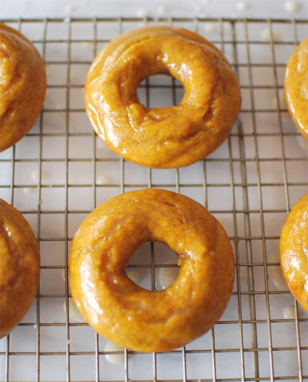 pumpkin-donuts-5