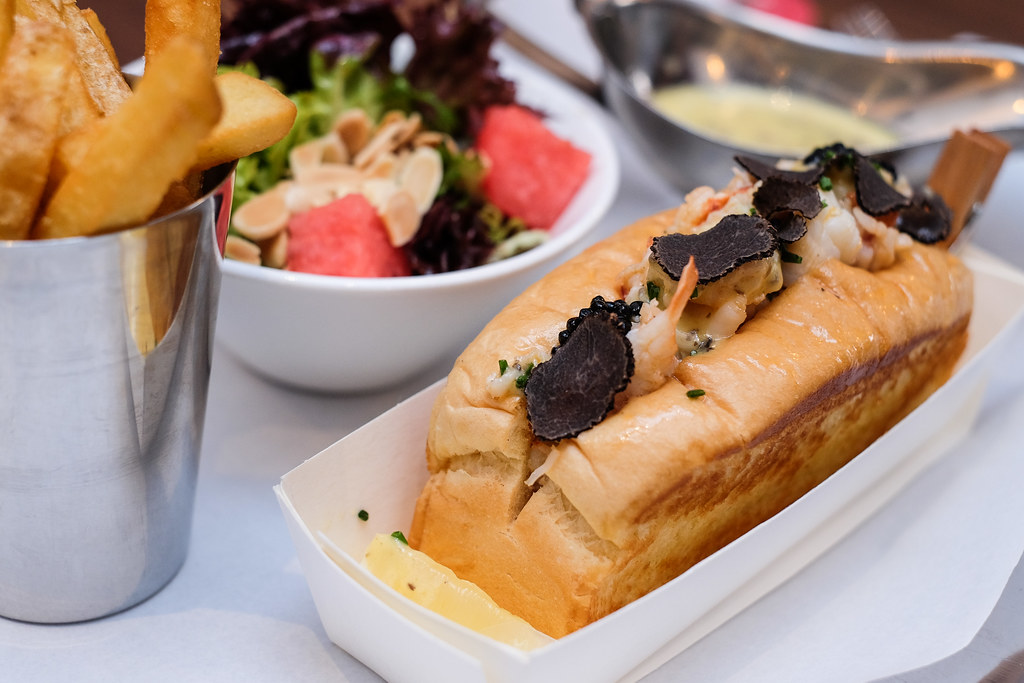 Pince and Pints Restaurant and Bar's Truffle Lobster Roll