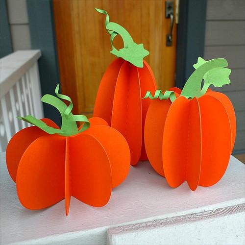 DIY Paper Pumpkin Threesome