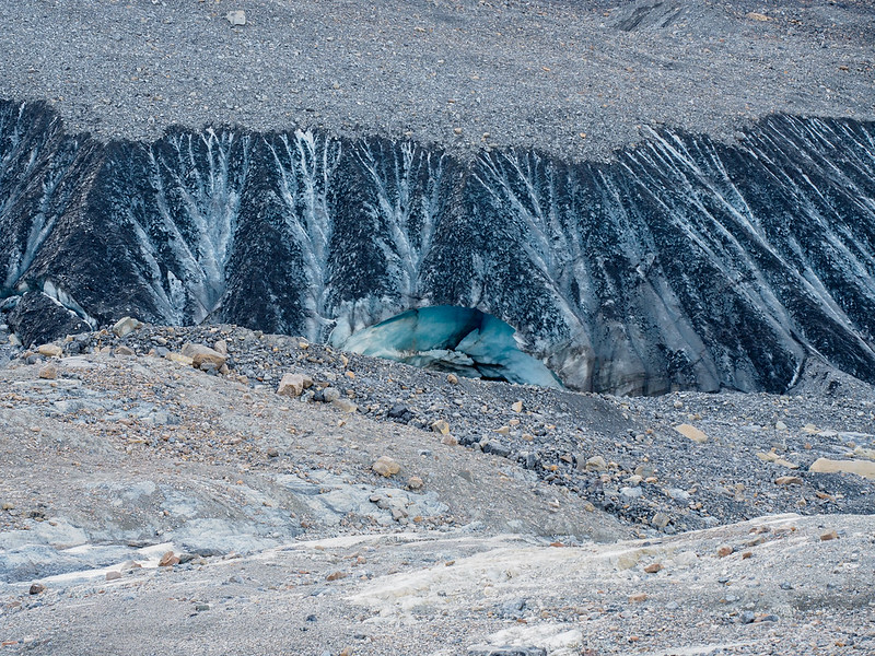 Athabasca Glacier ice caves
