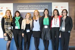 Mesa 3 Mujeres emprendedoras liderando la transformación digital